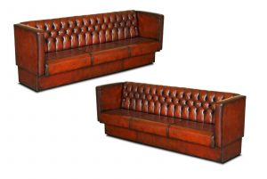 FULLY RESTORED PAIR OF HUGE 4-5 SEAT EACH CHESTERFIELD BROWN LEATHER BENCH SOFAS