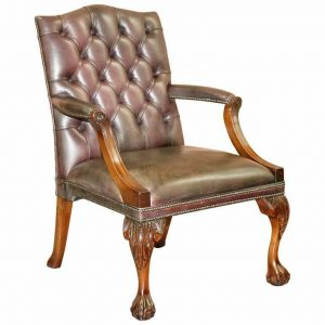 GEORGE II GAINSBOROUGH CARVER CHESTERFIELD LEATHER ARMCHAIR CLAW & BALL FEET