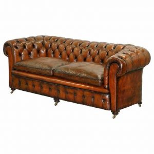 RARE VICTORIAN CHESTERFIELD HAND DYED BROWN LEATHER SOFA HORSE HAIR COIL SPRUNG